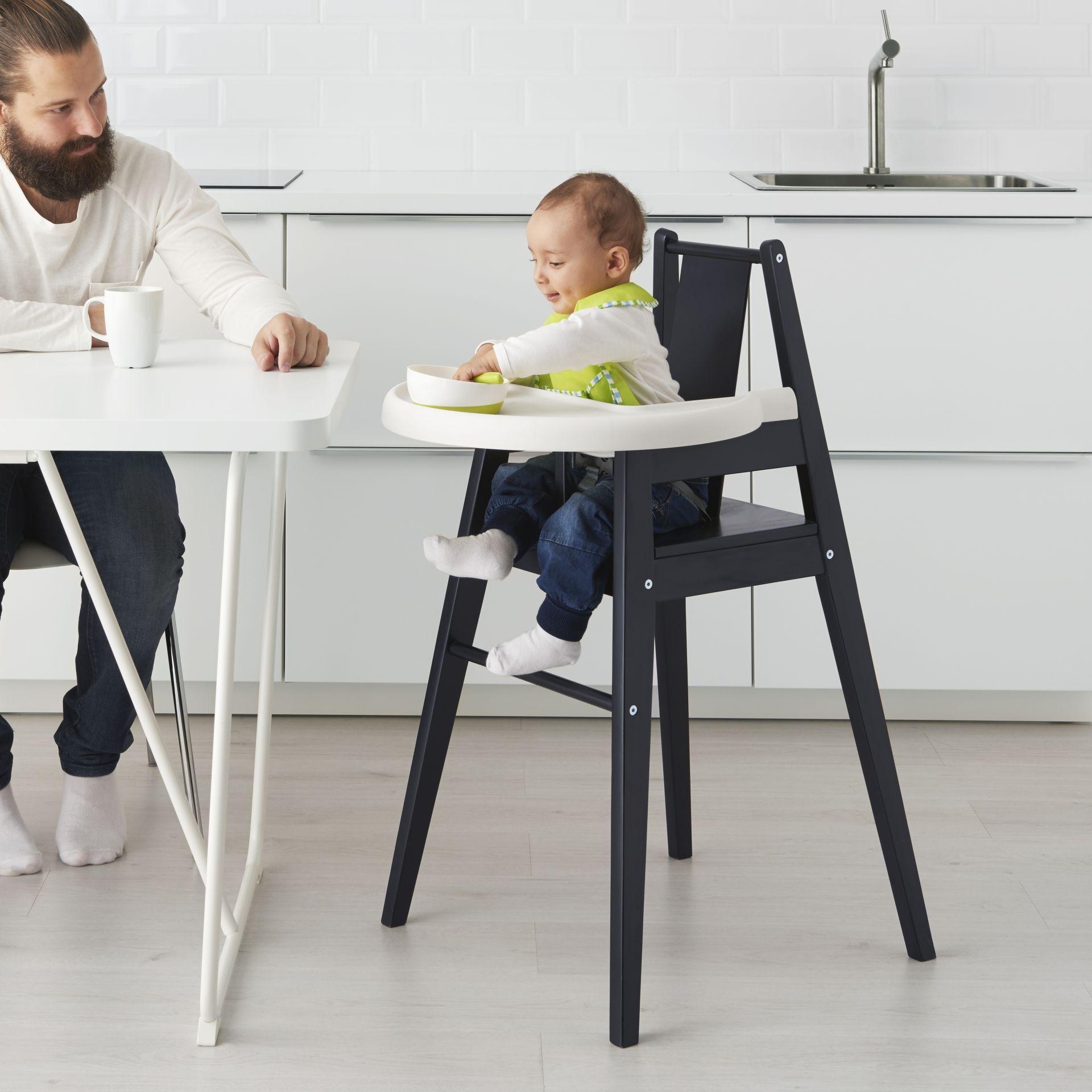 Hoge Stoel Voor Kind.Blames Hoge Kinderstoel Met Blad Zwart Savannah Designdroom