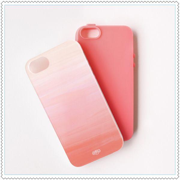 Nouvelle version 2.0 du téléphone rose !Coque de protection pour iPhone au dégradé rose pastel.Conçue et designée par la marque américaine Rifle Paper