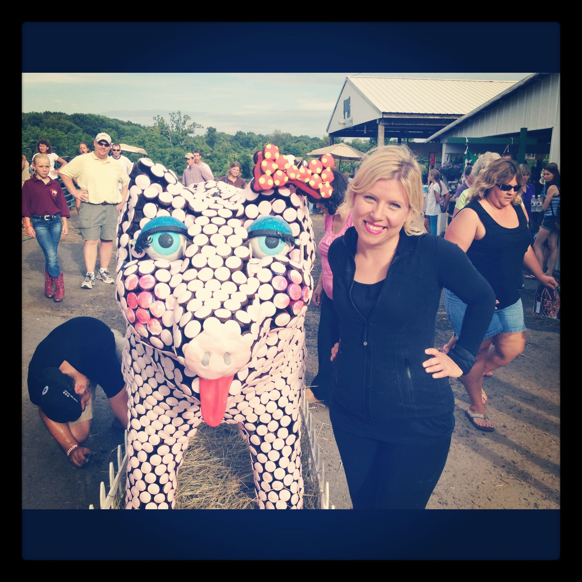 Georgetown Cupcakes Giant Pig Made Out Of DC County Fair Episode