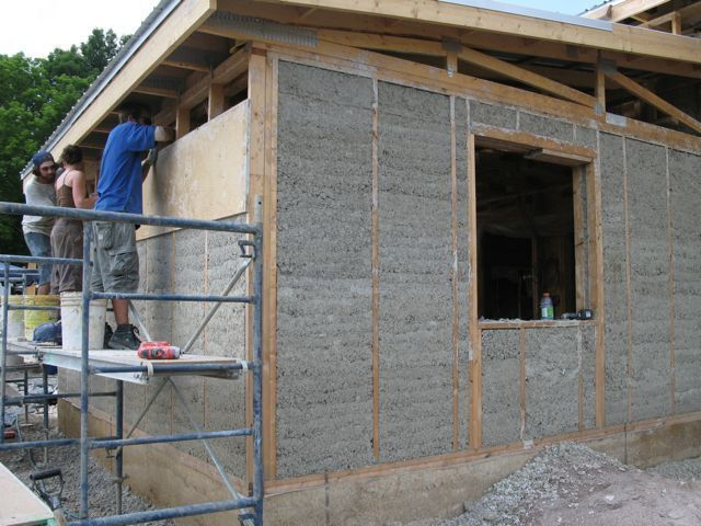 Self Insulating Concrete Step By Step Manual Details Construction Of Hempcrete Structures Sustainable Building Materials Construction Materials Construction