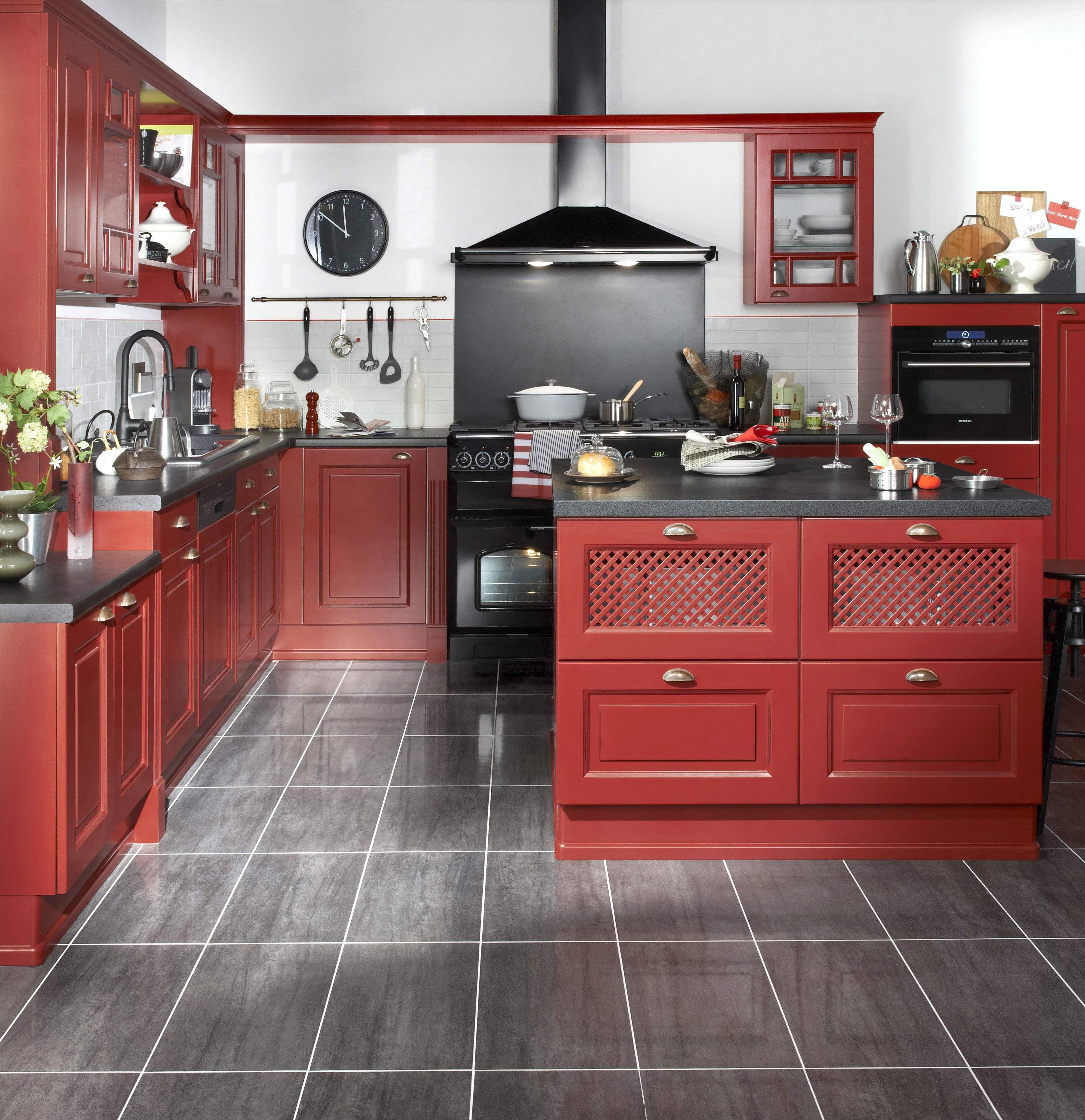 Modeles De Cuisine En Bois Rouge cuisine bistro - rouge vieilli. la cuisine bistro est un