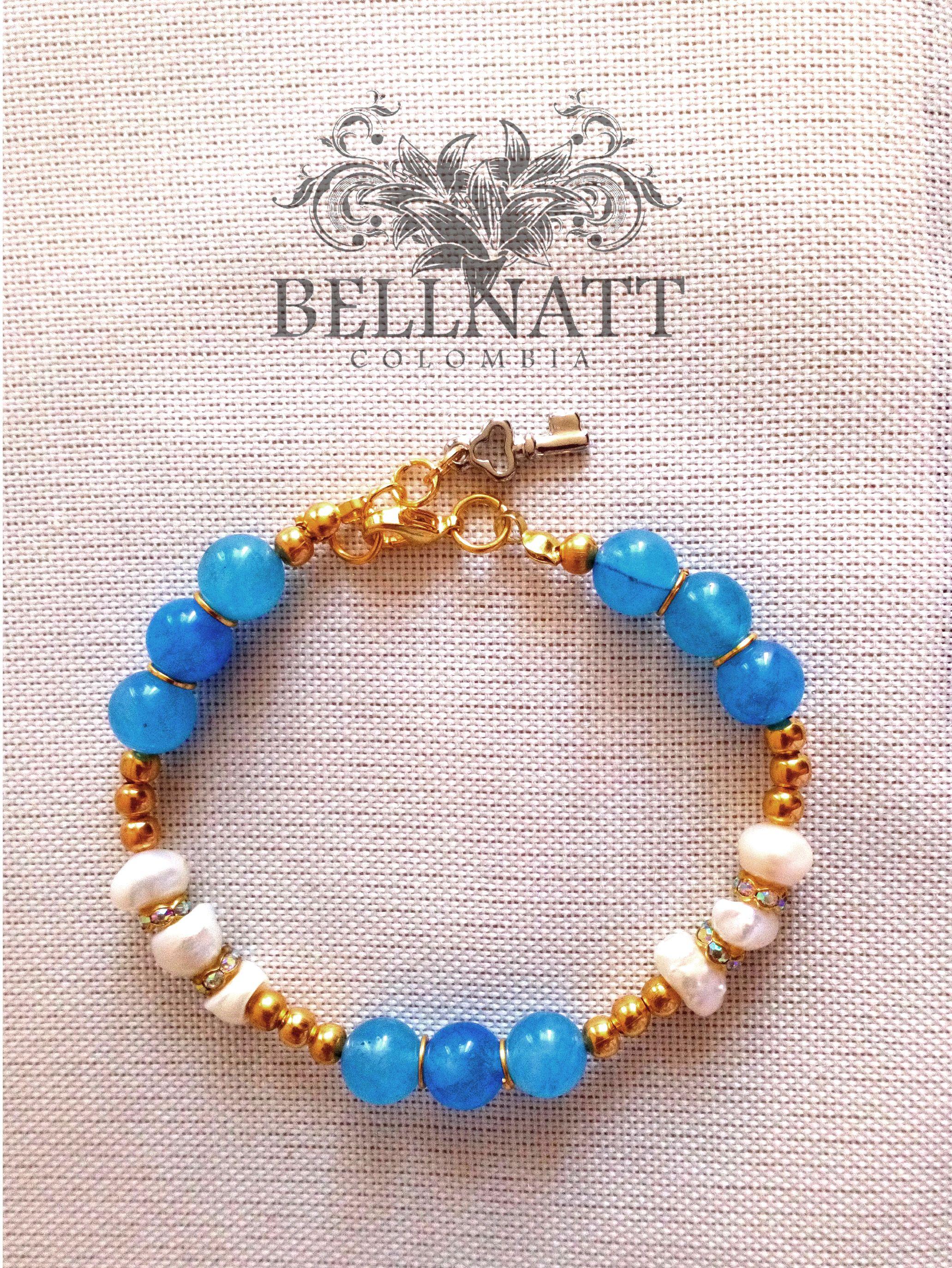 d0339e7601aa Pulsera celeste con perlas de río | Pulseras | Pulseras, Perlas y ...
