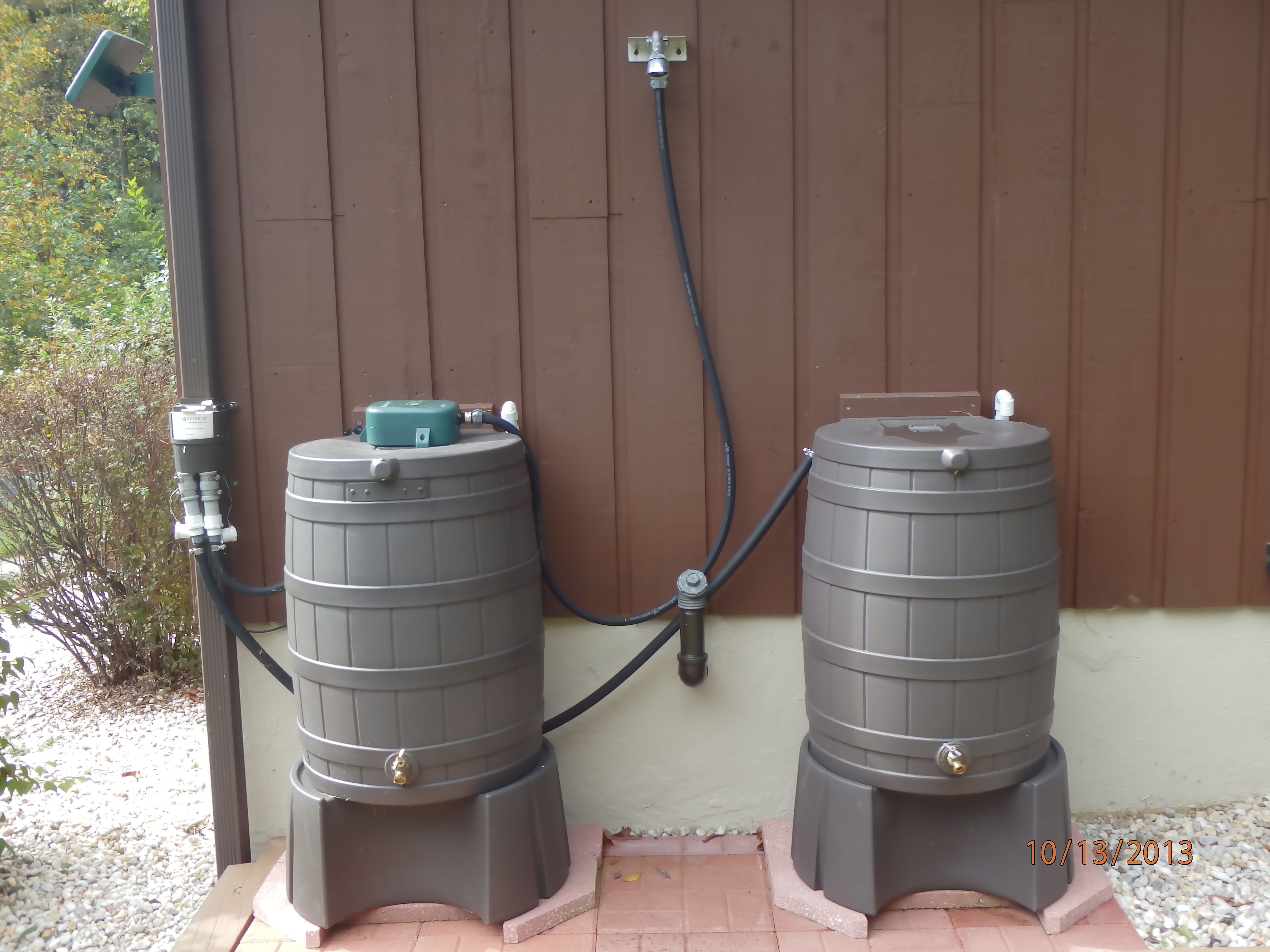 A Rain Shower Oak Rain Barrels Water Pump And Rainreserve Diverter Rain Barrel Rain Shower Barrel