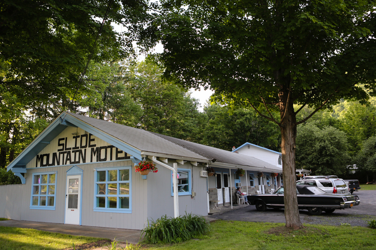 Slide Mountain Motel Eight efficiencies with private