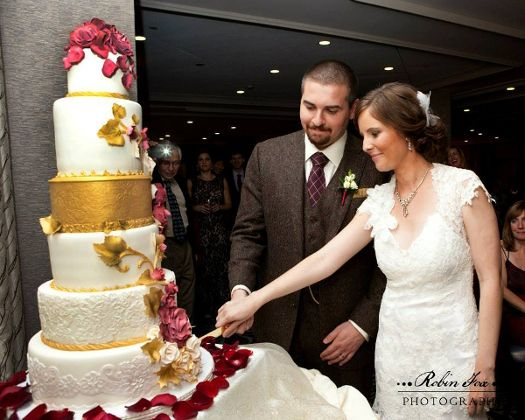 Wedding Cakes Rochester NY   Pricing And Menu FAQ Contact Please Give At  Least One Weeku0027s