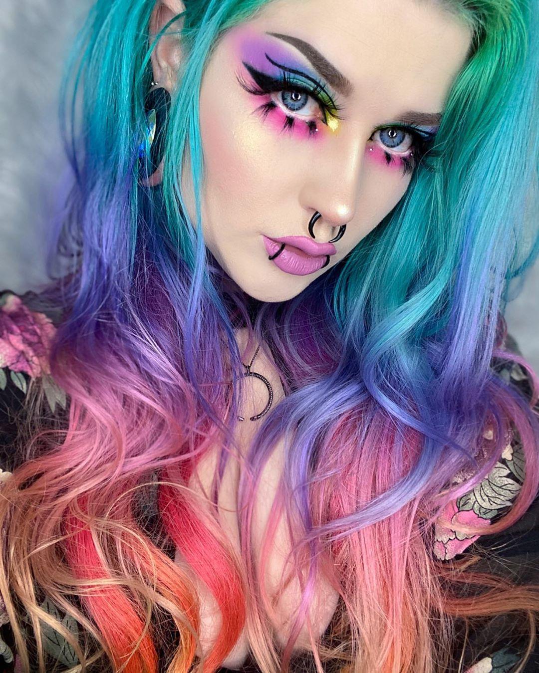 ARCTIC FOX HAIR COLOR riahboflavin rainbow eye makeup