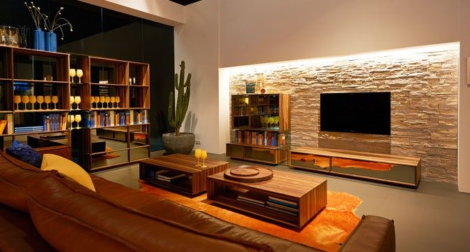 lux wohnprogramm von team 7 aus edlem naturholz in harmonischem einklang dank des goldenen. Black Bedroom Furniture Sets. Home Design Ideas
