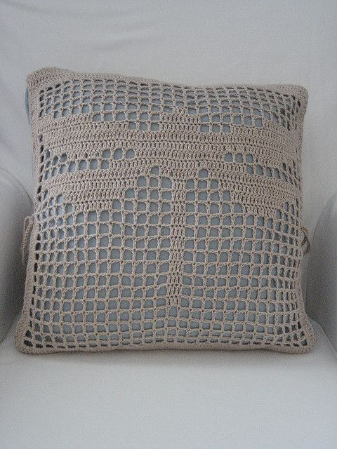 Filet Crochet Cushion Felit Crochet Pinterest Kussens Plaid