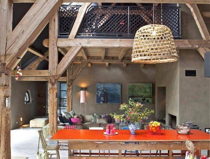 Les Vieilles Granges Transformees En Maisons Lofts Maison A Vendre M6 Meuble Grange