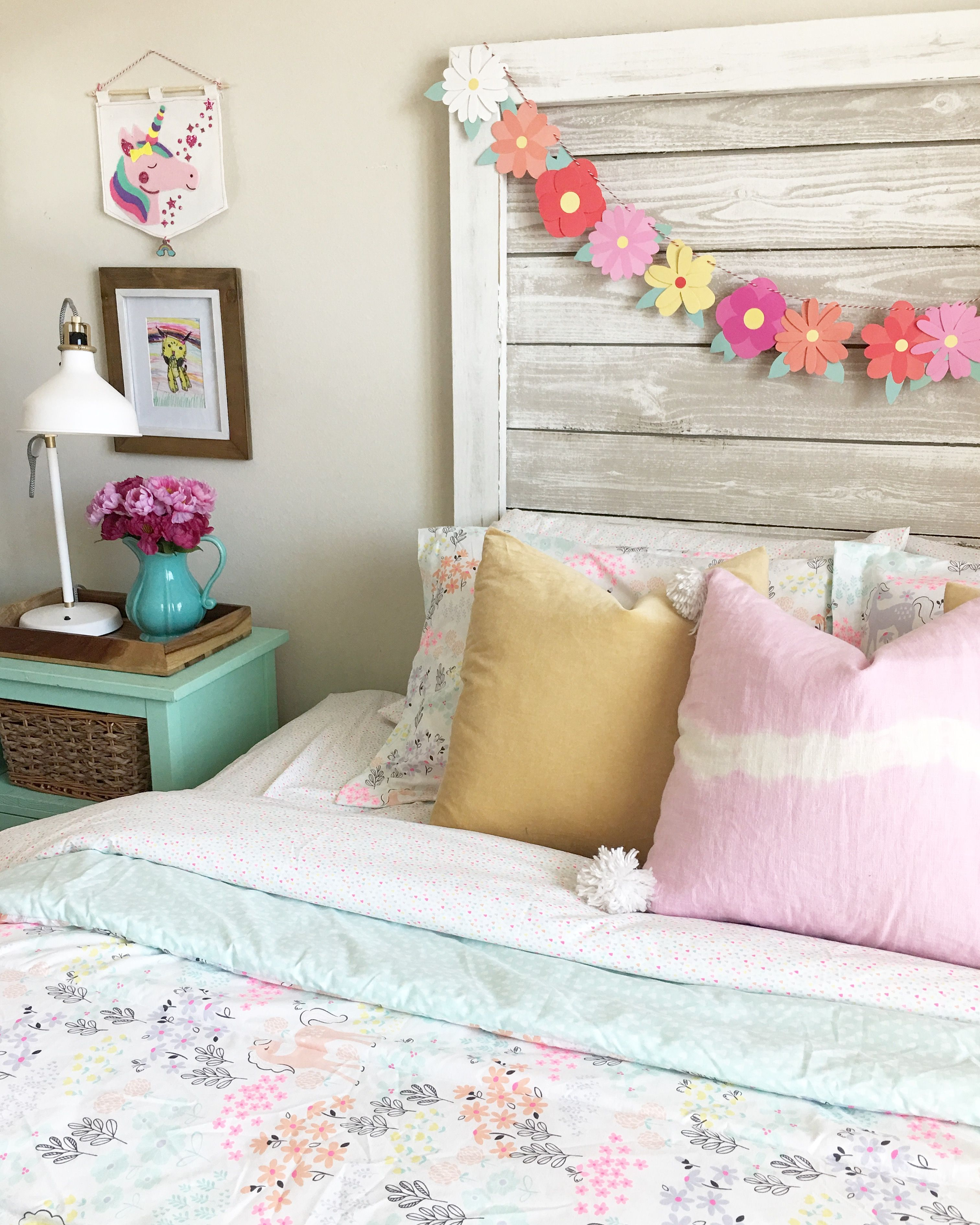 Little Girls Unicorn Room Bedroom And Bath Decor Pinterest Unicorns Room And Bedrooms