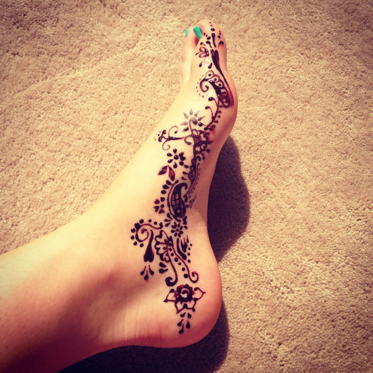 (1) foot henna | Tumblr Check out more desings at: http ...