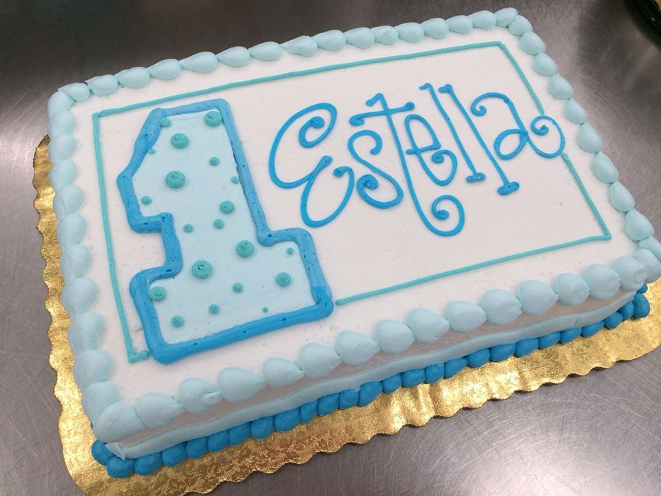 Simple First Birthday Cake By Stephanie Dillon Ls1 Hy Vee Bakery