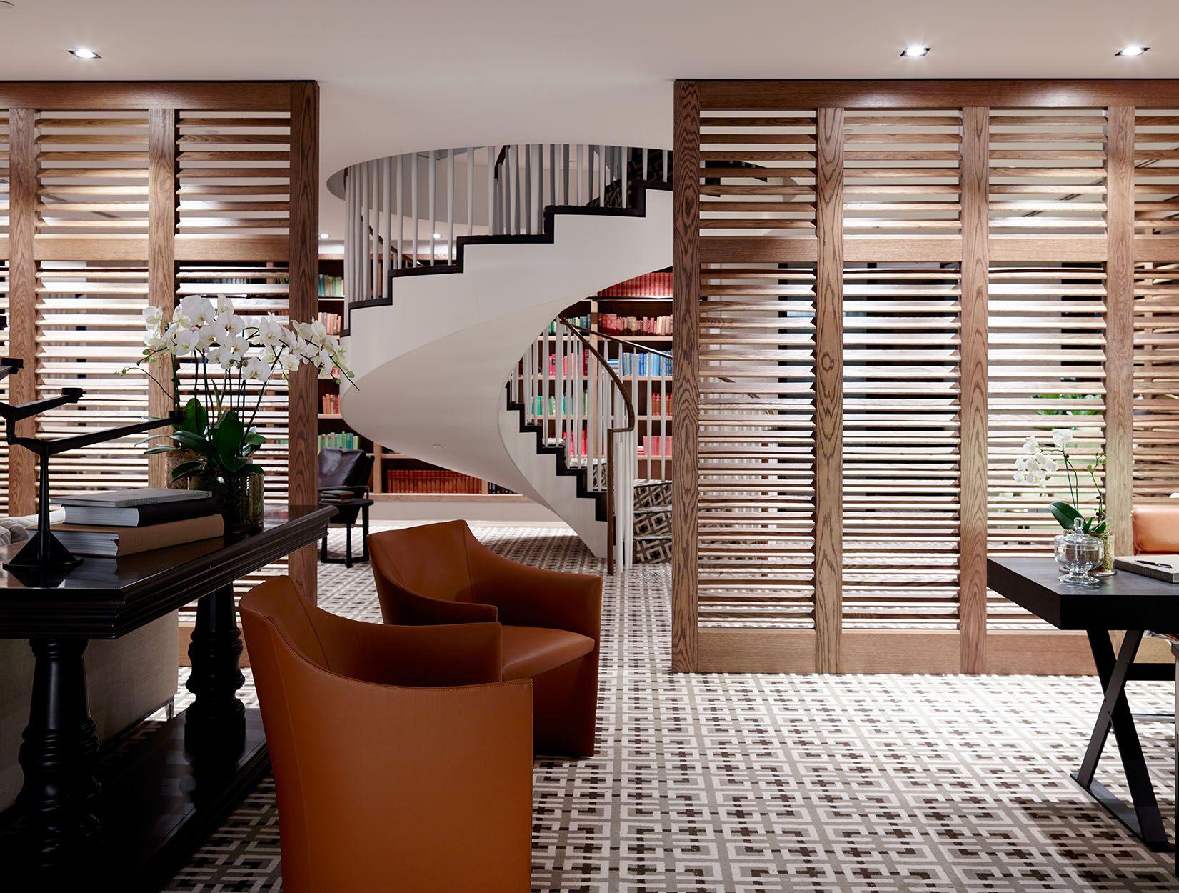 World Best Interior Designer Featuring Batessmart For More Inspiration See Also