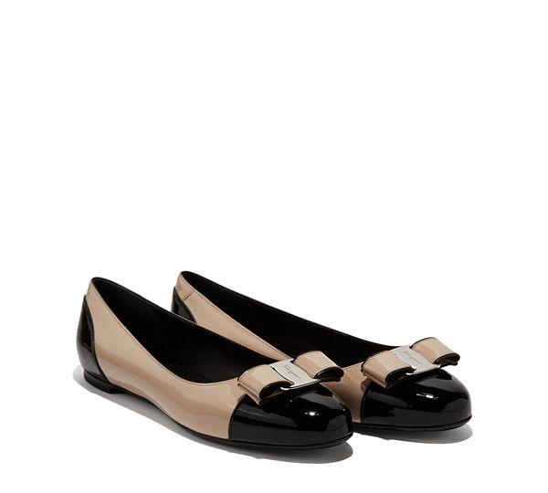 8f7e5cdbc52 Varina con bloque de color - Zapatos - DAMA - Salvatore Ferragamo ...
