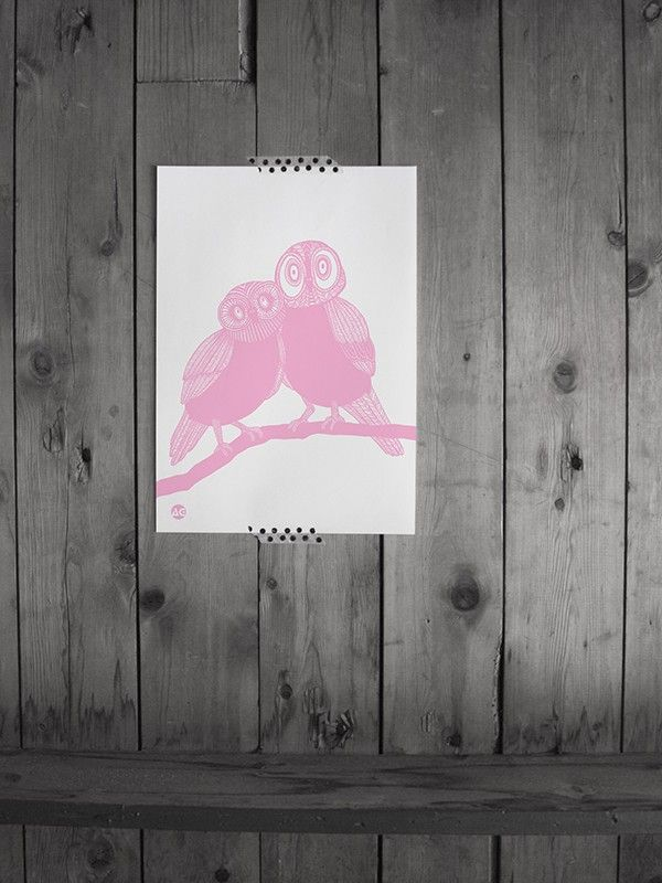 Beautiful pink owls from Anna Grundberg! #nordicdesigncollective #annagrundberg #owl #pink #pwls #poster #print #bird #nature #tree #interior #interiordesign #homedecor #wood #woodenwall #wall #art #atprint #paper #rosa