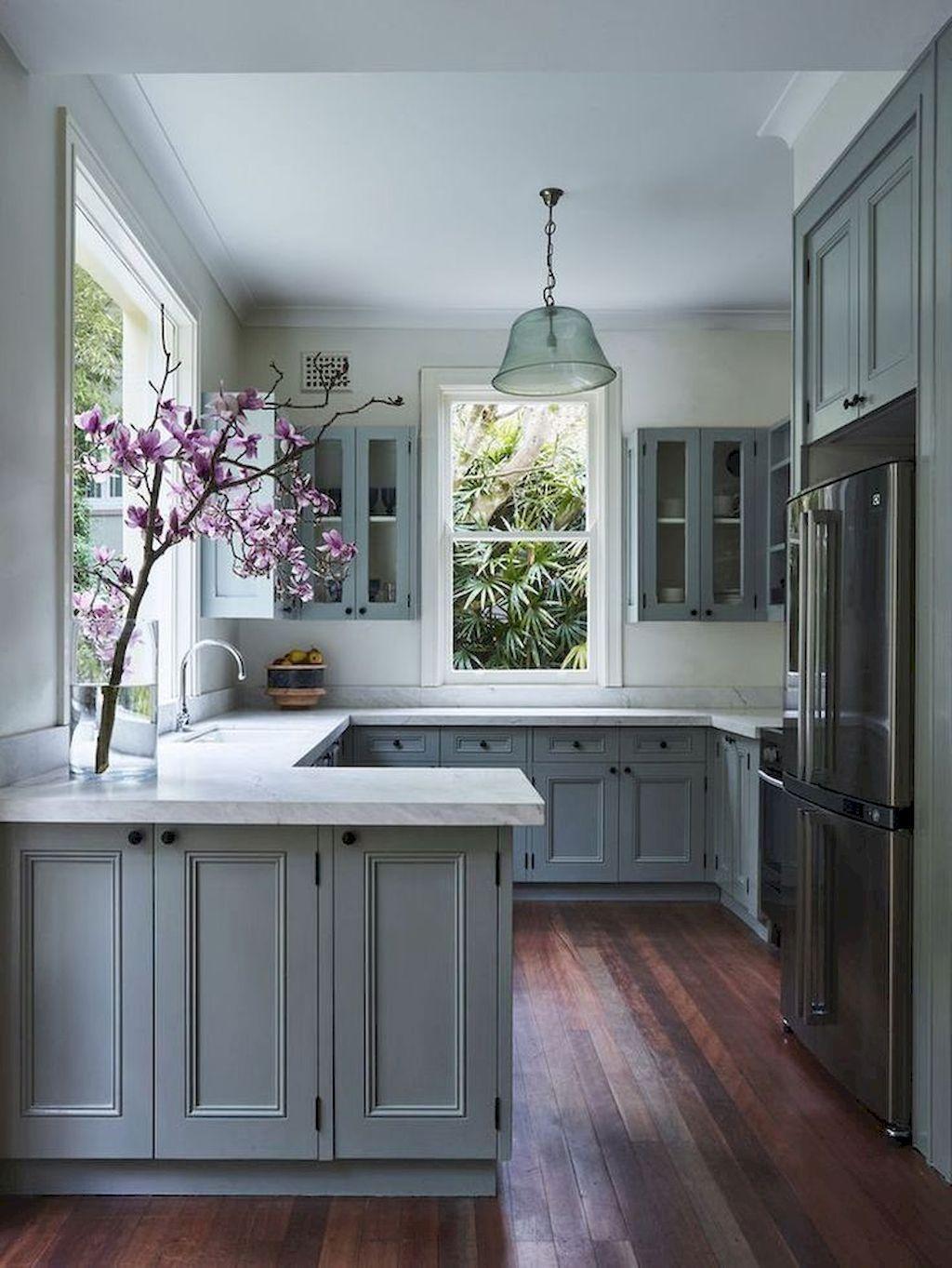 60 Gray Farmhouse Kitchen Cabinet Makeover Ideas Gladecor Com Kitchen Design Small Kitchen Design Modern Farmhouse Kitchens