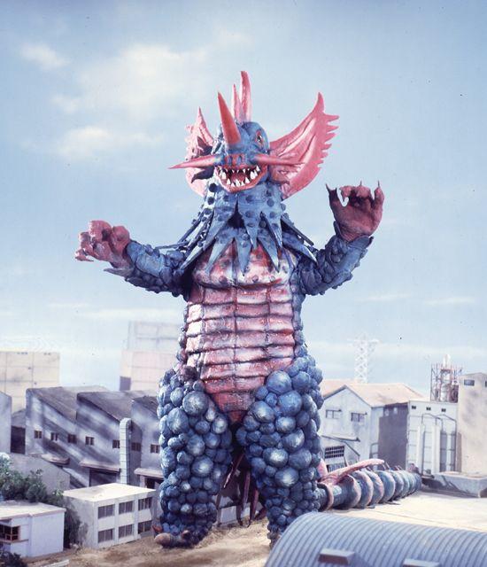 ウルトラマンA・黒雲超獣レッドジャック