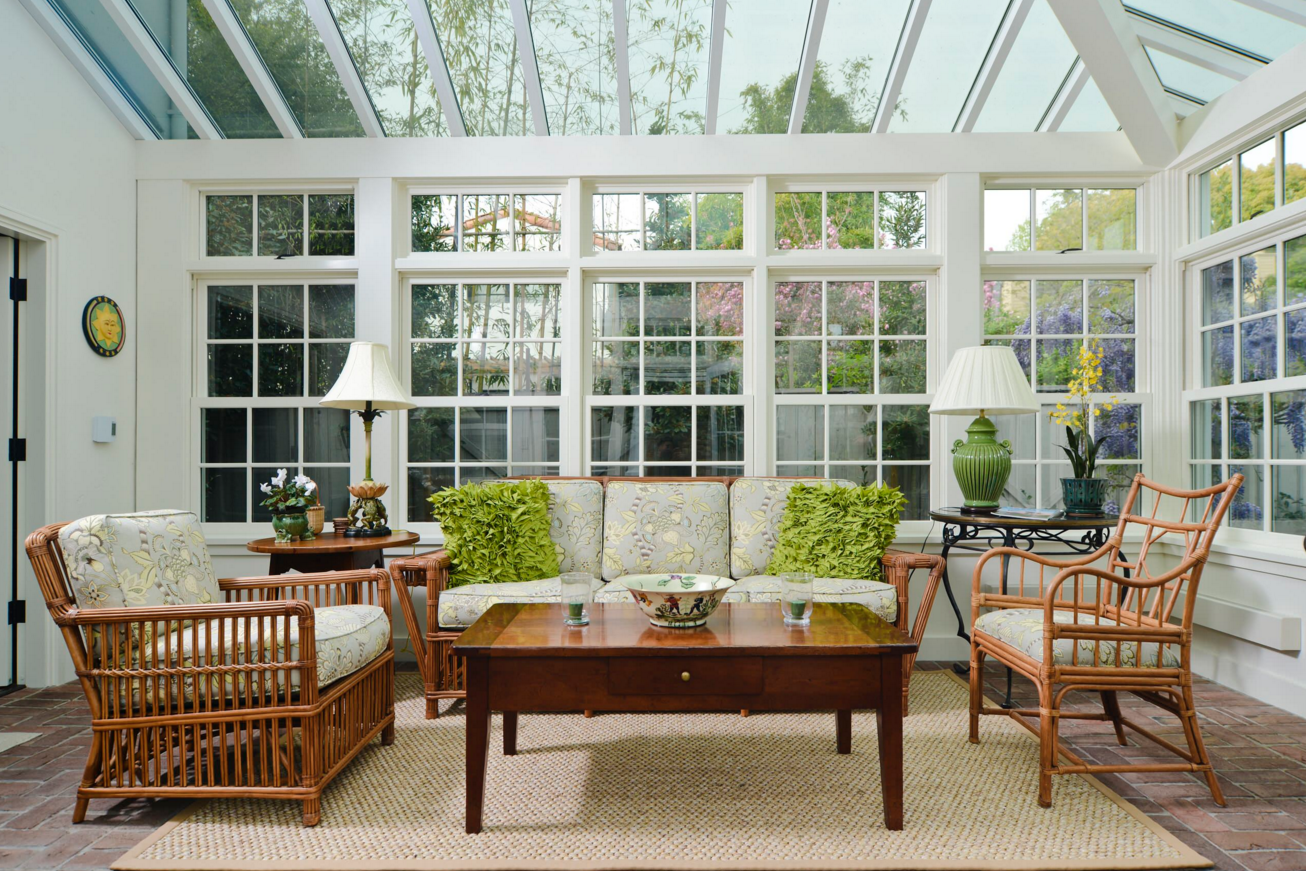 Sunroom Design Trends And Tips With Images Sunroom Designs Enclosed Patio House With Porch