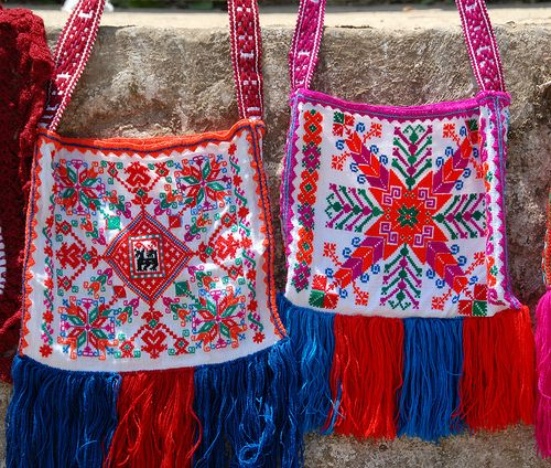 Embroidered Bags Mexico (by Teyacapan)
