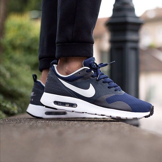 Nike Air Max Tavas Running Shoes Men Navy/Grey/Dark Obsidian