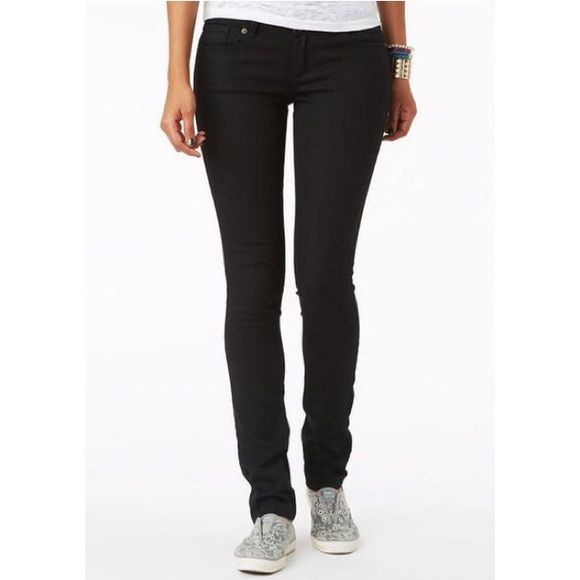 Black skinny jeans Size 1/2 Long. (First picture for style and fit comparison) Jeans Skinny