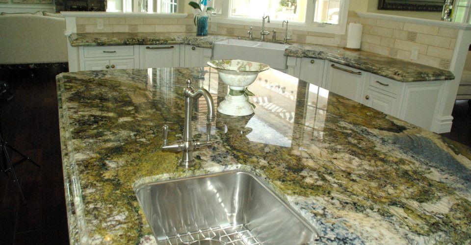 San Diego Granite Quartz Kitchen Countertop Installation Fabrication Installing Kitchen Countertops Granite Quartz Countertops Quartz Kitchen