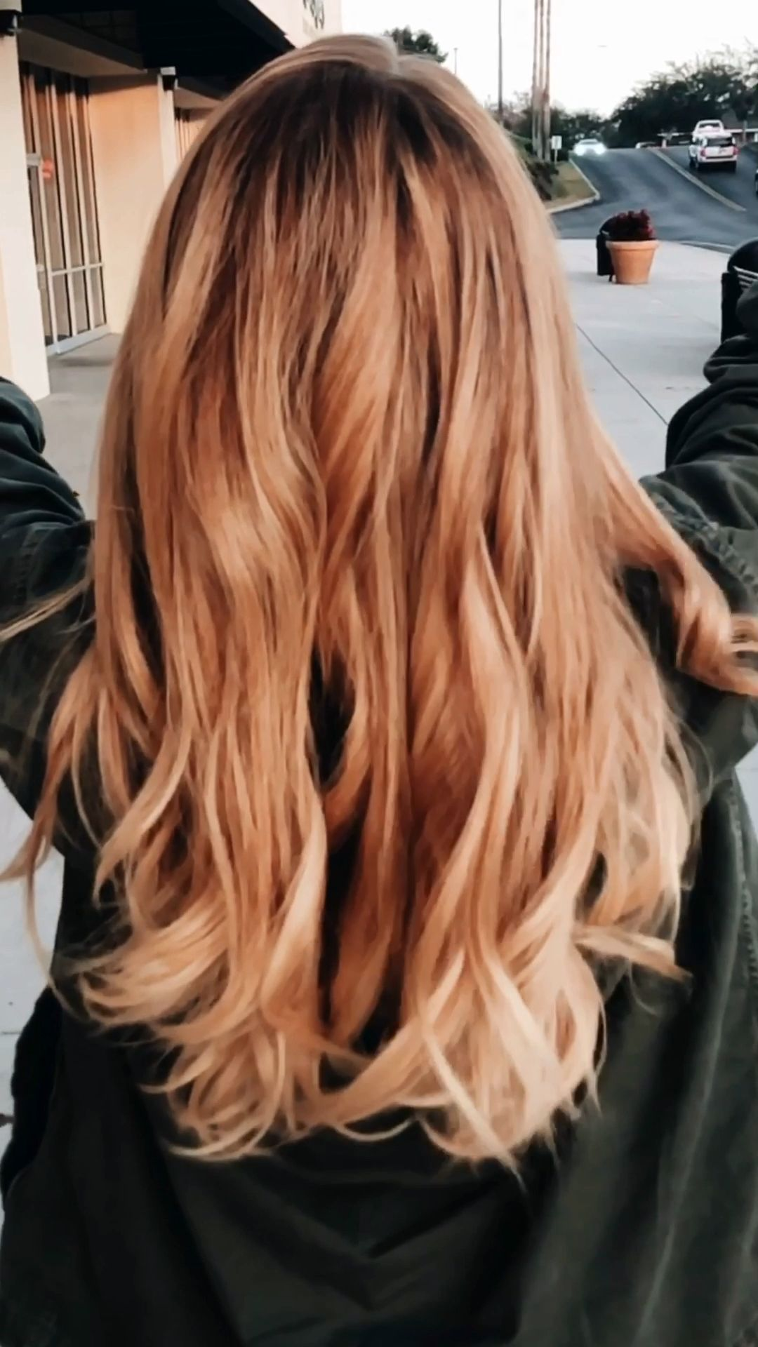 Strawberry Blonde Balayage Katelyn Adair Video Strawberry Blonde Hair Color Strawberry Blonde Hair Medium Length Hair Styles