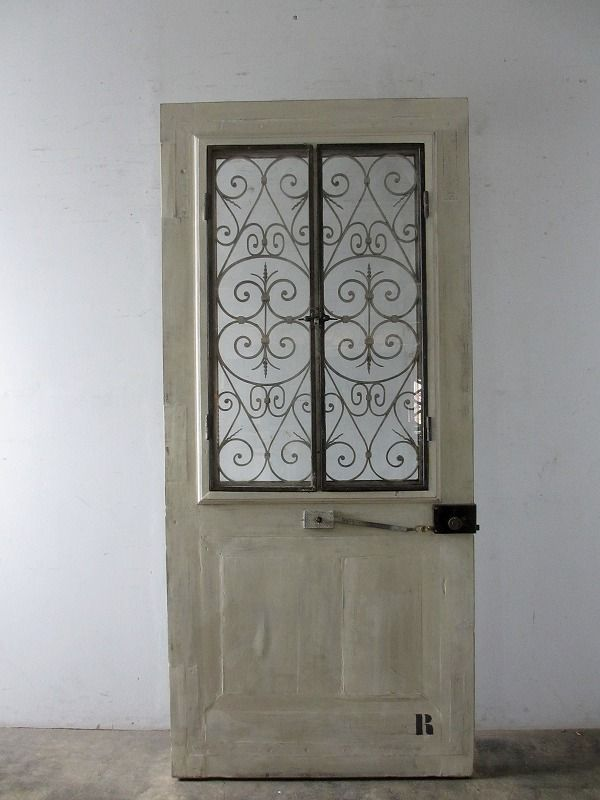 Antique Door With Ironworks アンティーク扉 アイアン飾り入り