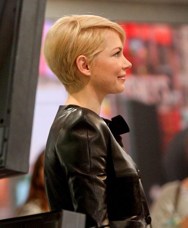 Pin By Sara Matchbox Kitchen On Hair Michelle Williams Hair Michelle Williams Haircut Short Hair Styles