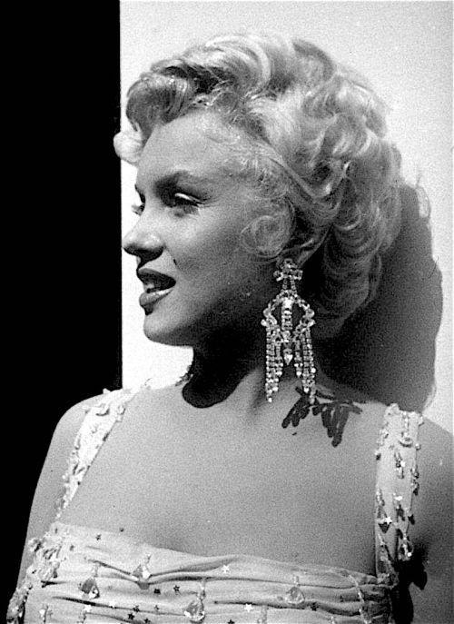 Marilyn. | Marilyn monroe gif, Marilyn monroe life
