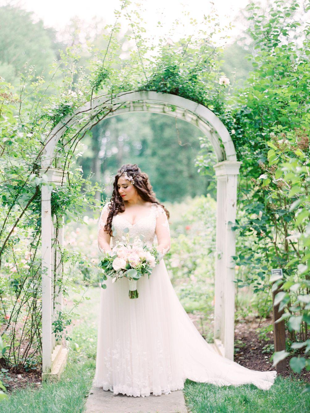 Essence of Australia Wedding Dress D2038 Arielle Doneson