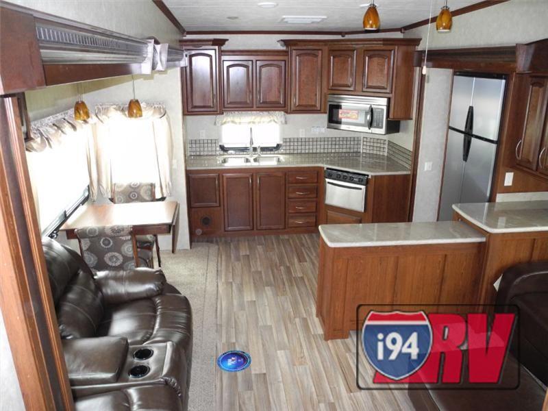 Palomino Columbus 340rk Rear Kitchen Fifth Wheel Interior I94rv