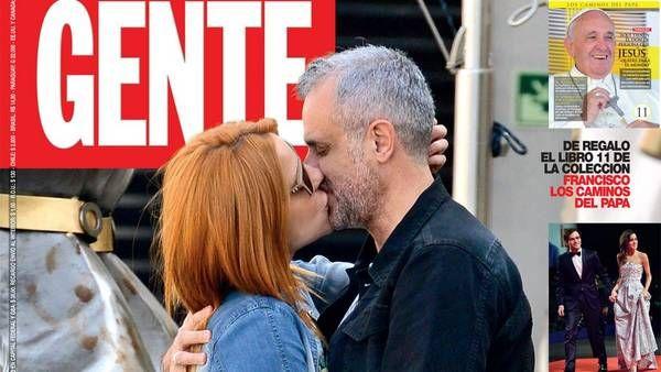La flamante pareja retratada en la portada de Gente durante su escapada romántica. - Proporcionado por Clarín