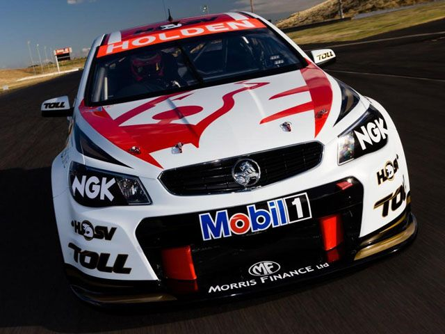 Holden Reveals New Vf Commodore V8 Supercar Super Cars V8 Supercars Holden