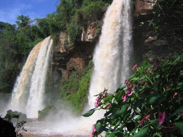 Jahzz | Iguazu Falls - on the boarder of Argentina & Brazil.