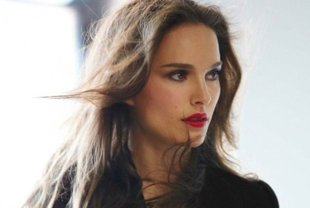 GLOSSYNews Natalie Portman Named as Face of Rouge Dior Lipstick GLOSSYNews Natalie Portman Named as Face of Rouge Dior Lipstick