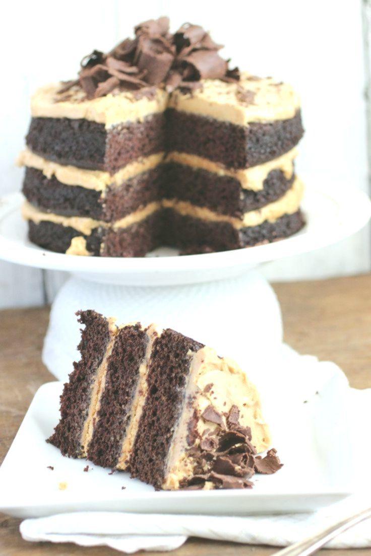 Schokoladen-Erdnussbutter-Kuchen-Rezept. Reichhaltiger und dekadenter Schokoladenkuchen mit ...   - Delicious Food and Drink -