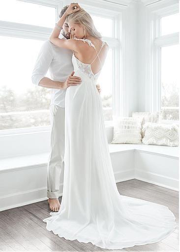Alluring Tulle & Chiffon Spaghetti Straps Neckline Sheath Wedding Dresses with Lace Appliques