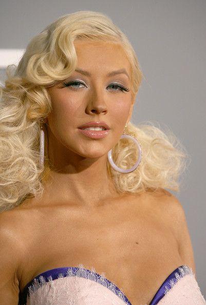 Christina Aguilera Metallic Eyeshadow | Makeup & Beauty ...