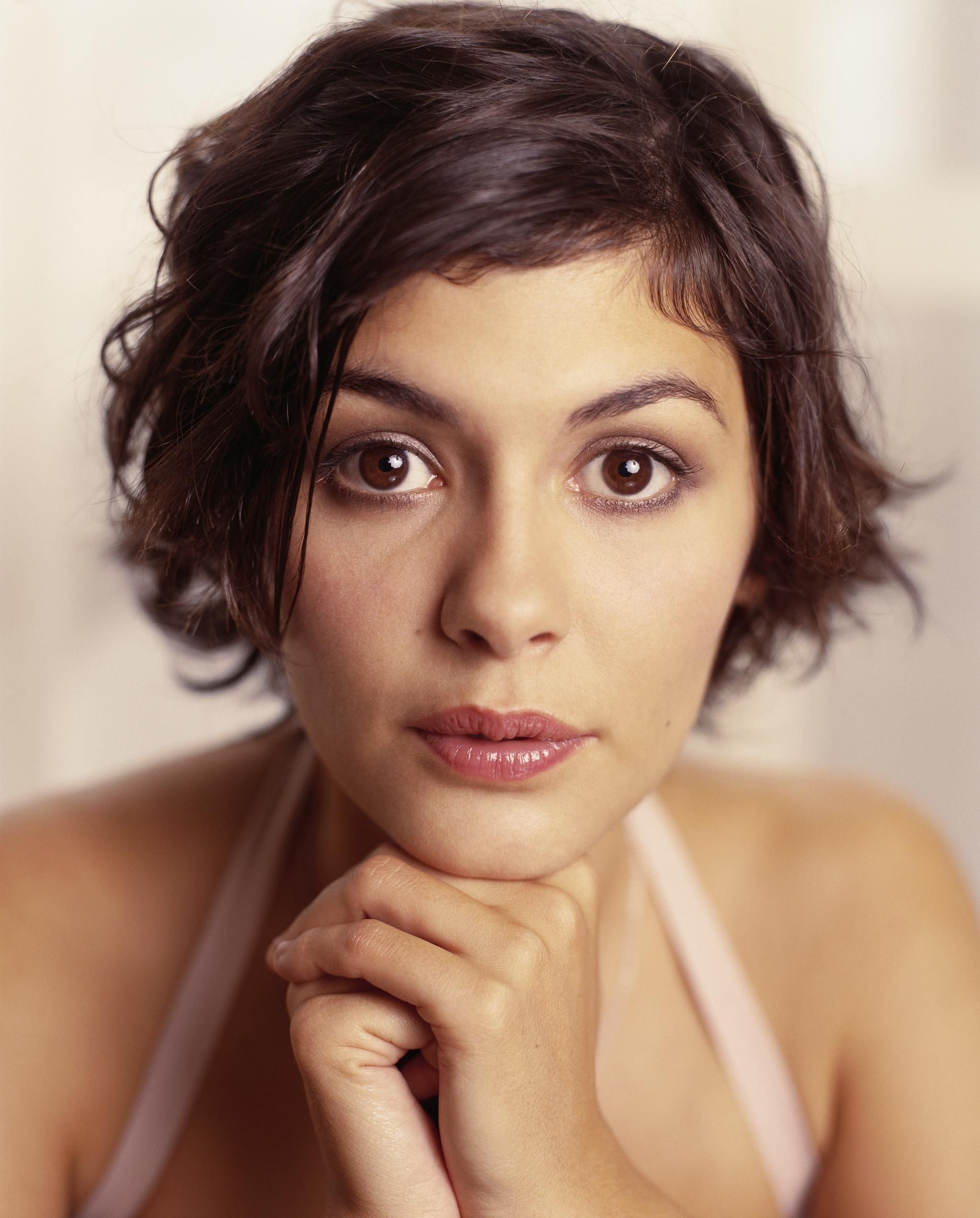 Audrey Tautou Images Full Hd Pictures Por Short Hairstylesshort To Medium