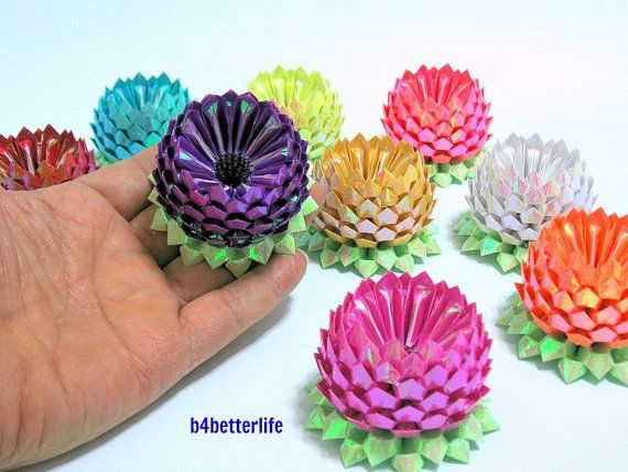 Photo of Lot of 9pcs Hand-folded Size Small Origami lotus. (AV Paper Series). #FLT-112