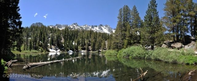 emerald lake one of the many alpine lakes in mammoth lakes