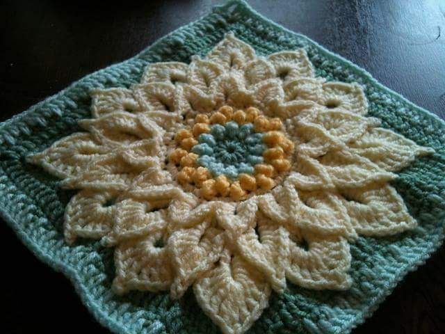 The Crocodile Flower.Top 10 FREE granny square patterns by ...