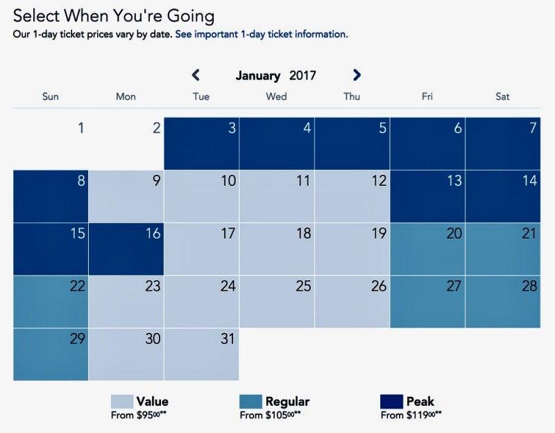Disneyland Calendar 2022.Best Time To Visit Disneyland In 2021 And 2022 Disneyland Christmas Disneyland Family Vacation Disneyland Calendar