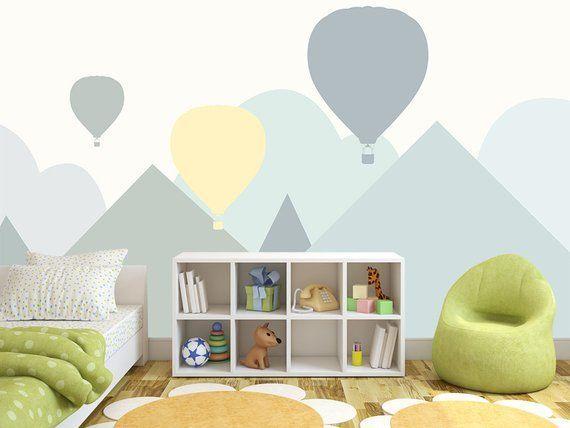 Peint à la main de beaux nuages de dessin animé maternelle enfants papier peint mural, nuages de dessin animé naïf enfants