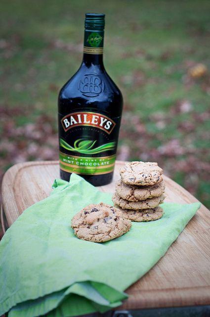 Bailey's + cookies = :)