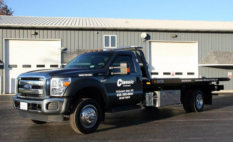 Classic Towing is a Romeoville, IL towing service that