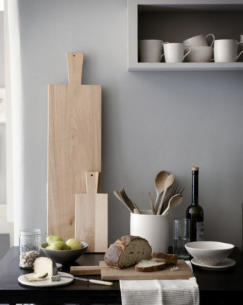 wood tones, cremes on gray perfection