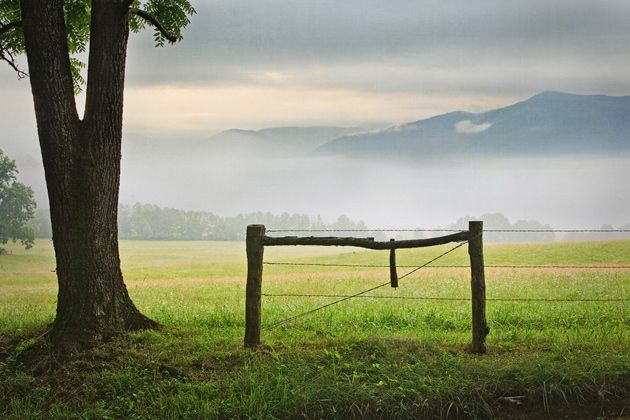 Free smoky mountains wallpaper or screensaver an old fence in cades cove from william britten - Mountain screensavers free ...