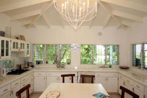 Villa Acajou (Crosbies) $2,400/Month